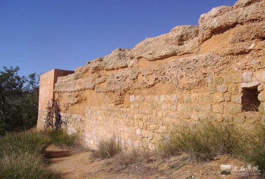 夯土古城墙